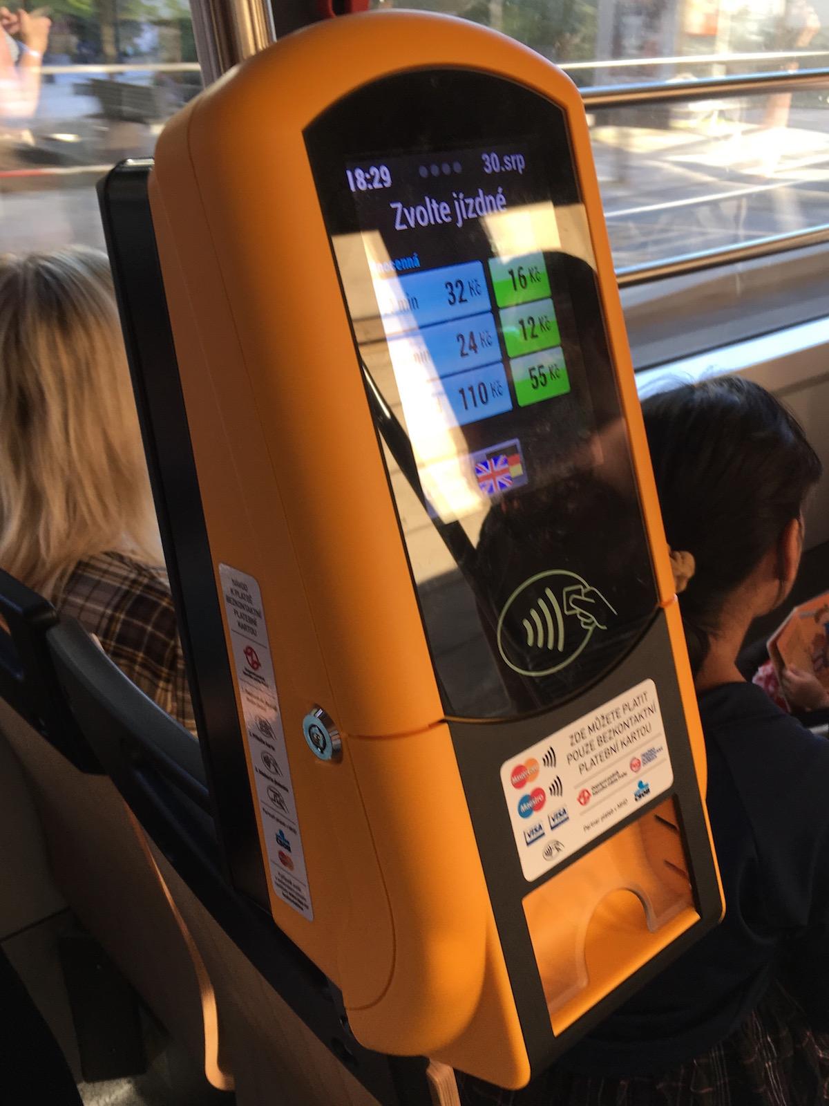 Kontaktlose Fahrscheinautomaten