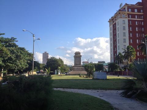 Platz vor dem Hotel Presidente